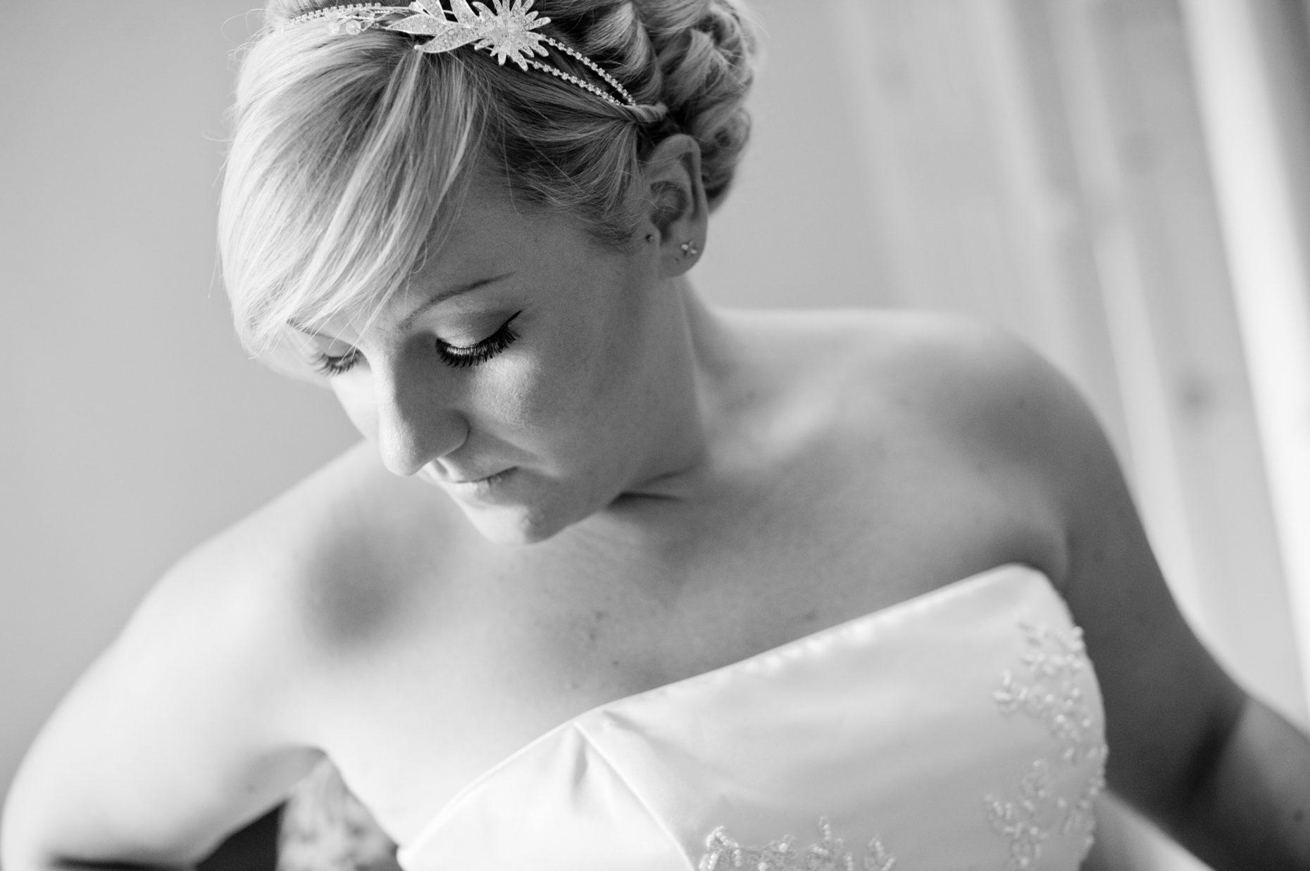 Black and White Wedding Photographer in Cambridge-9007