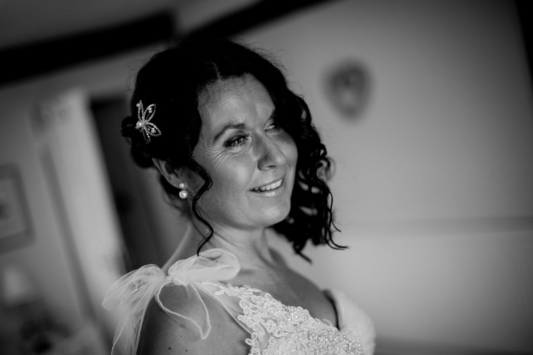 Black and White Wedding Photographer in Cambridge-9015
