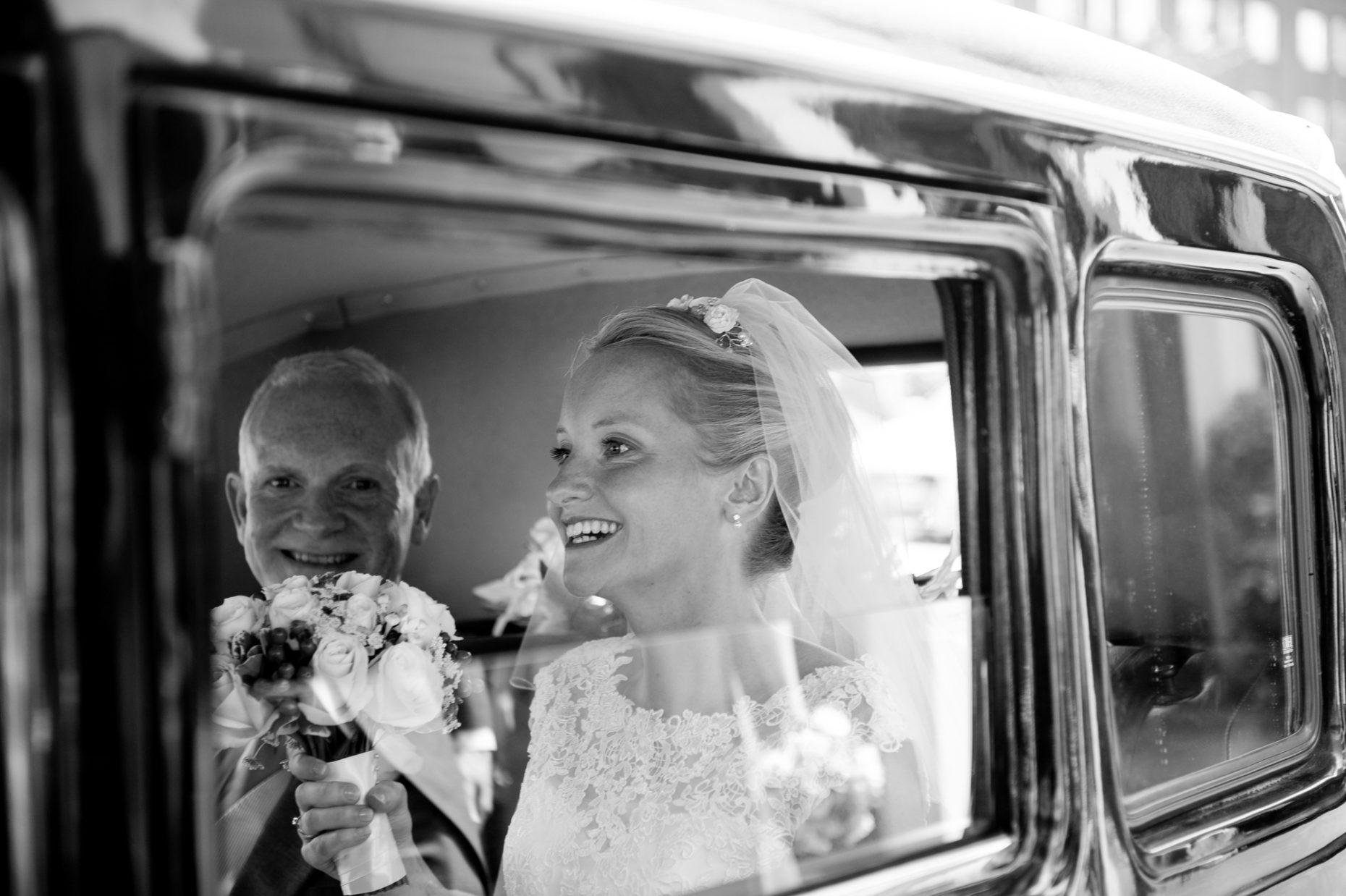 Black and White Wedding Photographer in Cambridge-9021