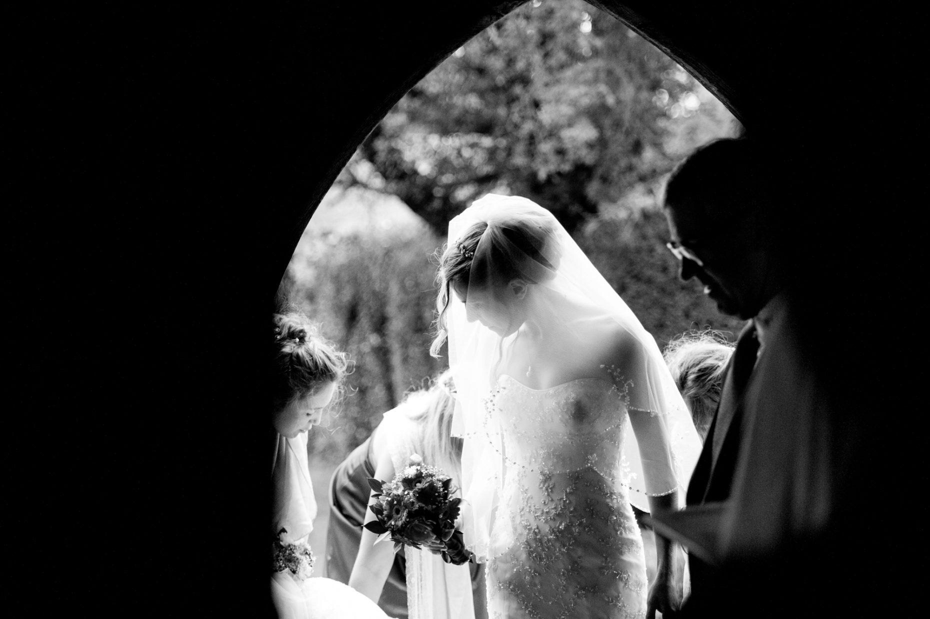 Black and White Wedding Photographer in Cambridge-9031