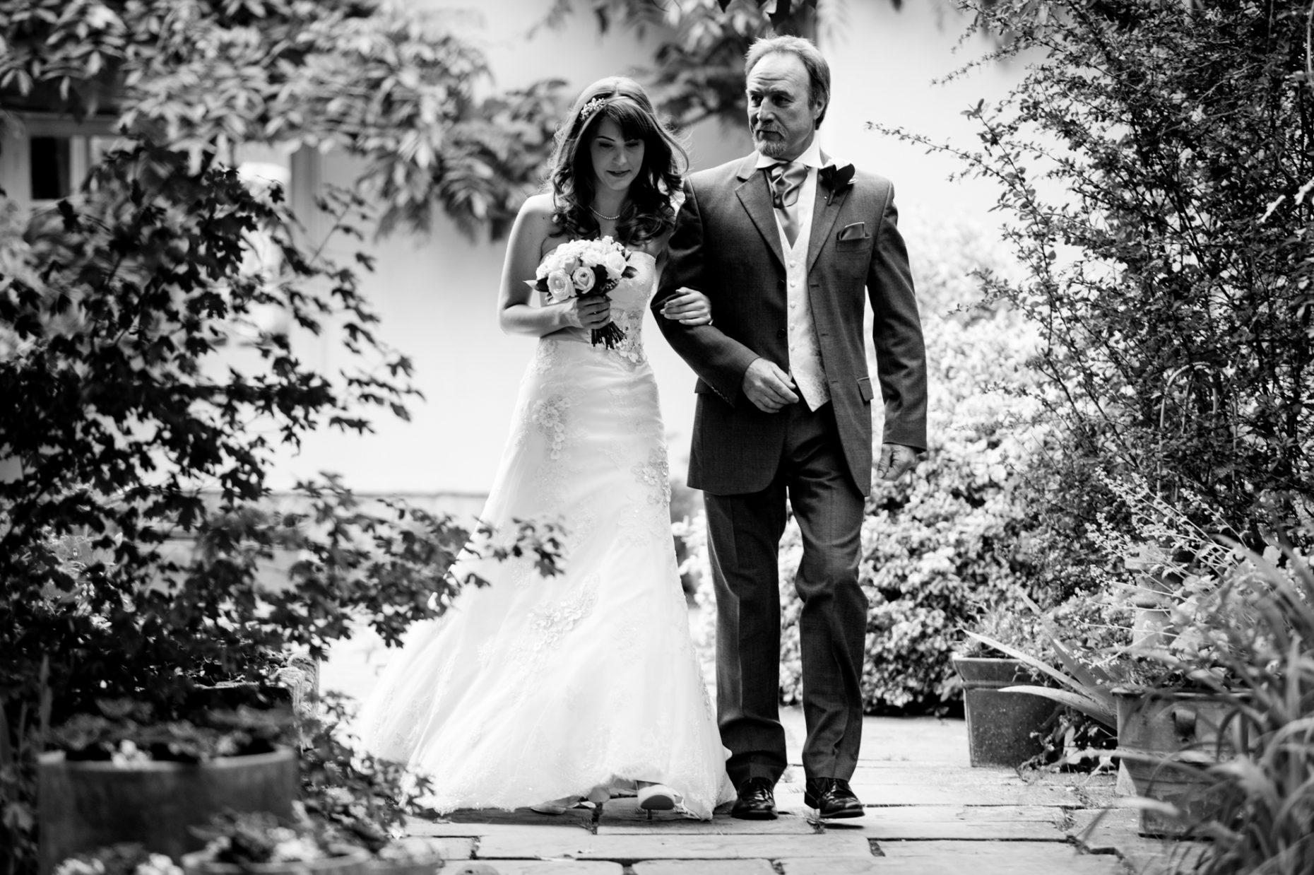 Black and White Wedding Photographer in Cambridge-9000